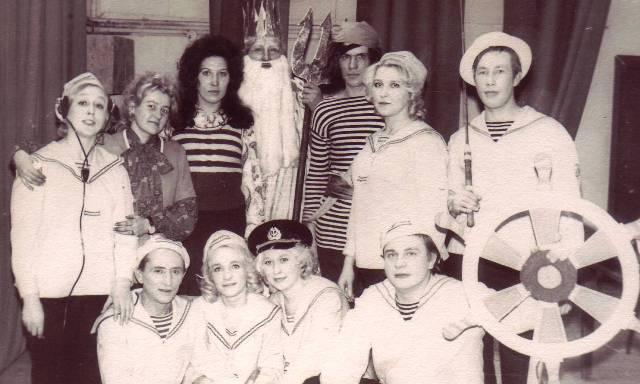 """""""КРАБ"""" на сцене РДК. Кемь. 1975 г. Фото из личного архива Н. Дроздовой"""