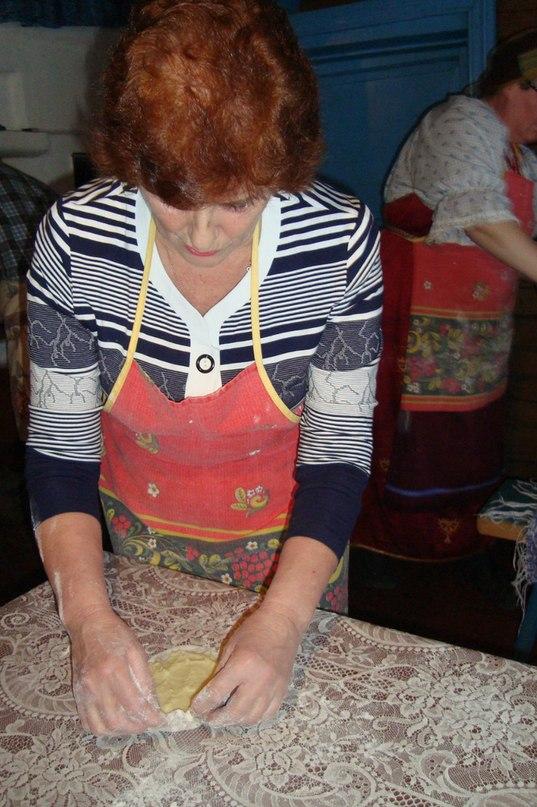Мастер-класс по карельским калиткам. Кинерма. Фото из архива Т. Каньшиевой