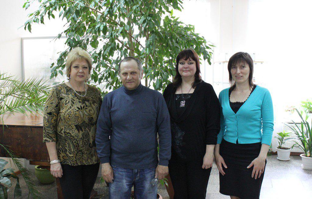 Творческая встреча В. Кобоева с учащимися Петроз. детской школы искусств. 28 мая 2014 г. Фото М. Июдиной (4)