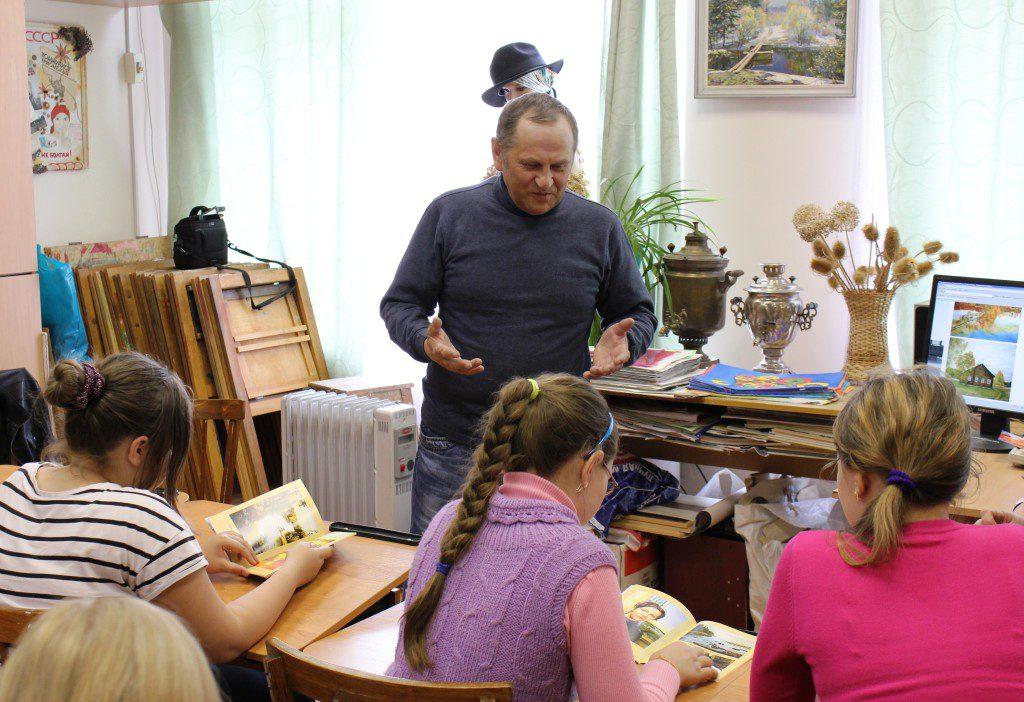 Творческая встреча В. Кобоева с учащимися Петроз. детской школы искусств. 28 мая 2014 г. Фото М. Июдиной (7)
