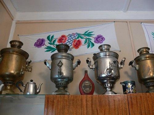 Экспонаты из фондов Народного дома имени учителя Машозерской школы Геннадия Гужиева (Тунгуда).