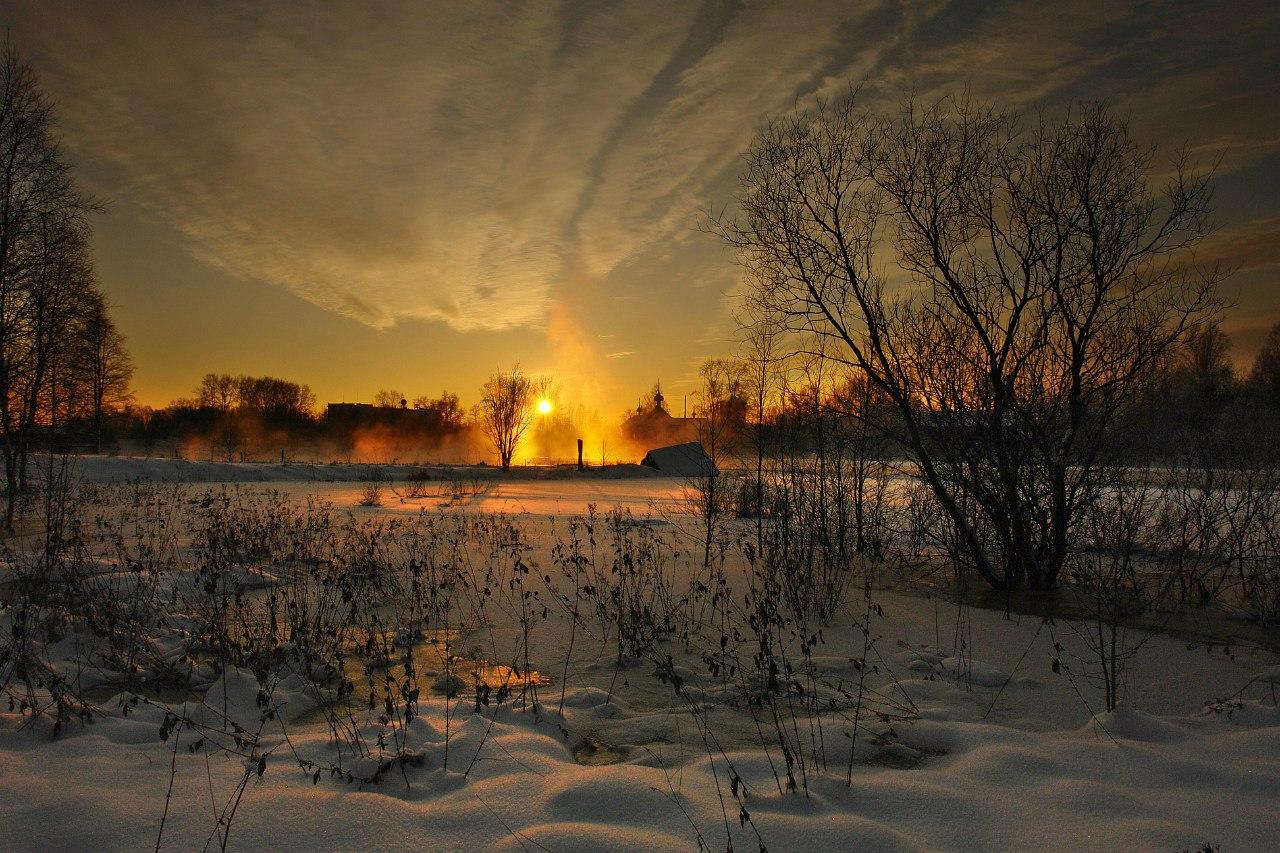 Зимнее утро в Беломорске. Фото Виктора Дрягуева