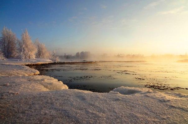 Морозный день. Река Выг, Беломорск. Фото Т. Каньшиевой