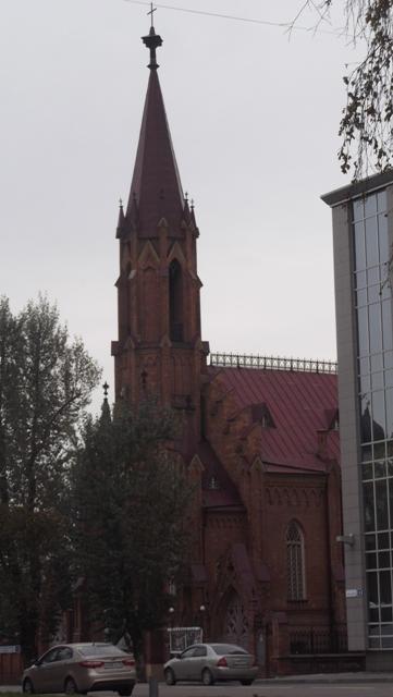 Римско-католический приход Успения Богородицы. Здесь же находится органный зал, где проходят концерты органной музыки