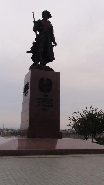 Памятник основателям Иркутска. Фото О. Степановой